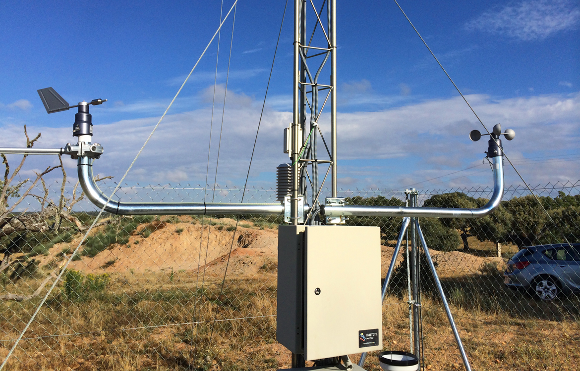 "Darrera installs an AWS weather system in the uranium deposit of ""Retortillo-Santidad"" (Salamanca)"