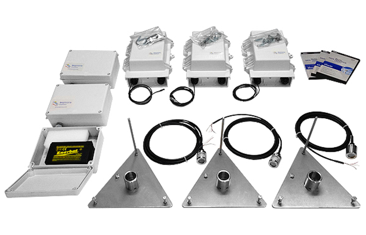 Darrera supplies 3 high accuracy evaporimeters controlled by 3 wireless Weather Envoy8X™