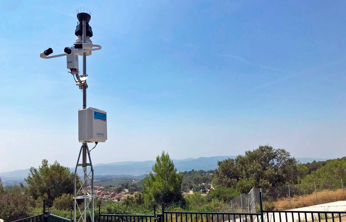Darrera installs 2 municipal weather stations in Rubí